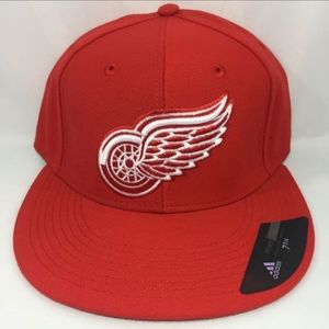 Adidas Detroit Red Wings Fitted Hat
